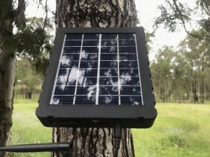 SOLAR PANEL TRAIL CAMERA KIT - DON'T BUY BATTERIES